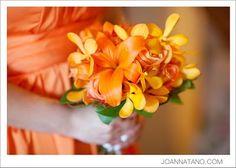 Pretty #orange #bridesmaid #bouquet