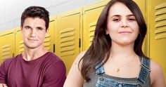 Final 'The DUFF' Trailer with Bella Thorne & Robbie Amell - Final 'The DUFF' Trailer with Bella Thorne & Robbie Amell — One designated ugly fat friend se - Epic Trailer, Movie Trailers, The Duff Movie, Fat Friend, Mae Whitman, Hunter Parrish, Mary Johnson, New Teen, Friends Set