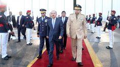 El presidente Danilo Medina salió la mañana de hoy hacia El Salvador, donde asiste a la XLVI Cumbre de Jefes de Estado y de Gobierno del Sistema de la Integración Centroamericana (SICA). El Jefe de Estado partió junto a su reducida comitiva, en vuelo privado, desde la Base Aérea de San Isidro a las 7:18…