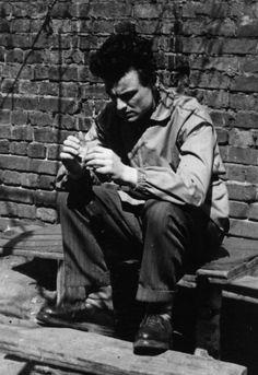 Andrej Tarkovskij (17 years old), 1950... Looking quite a bit Eraserhead