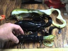 Awesome Tutorial for Beginning video tutorial on fishing lures. Good for jigging, counting down and pull pause retrieve. Good hook sets, best lines are 80 pound braid like Power Pro and Fireline Beginner instructional video on legendary fishing lure. One of the best ever muskie catching baits of all time. Lure adjustment and action. Use on wire ...