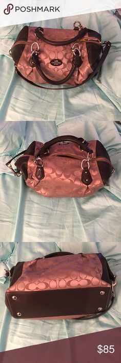 Coach Bag Excellent condition only marks are mild stains on the inside that would be able to be cleaned they are very minor outside in great condition as shown in all pictures Coach Bags Shoulder Bags
