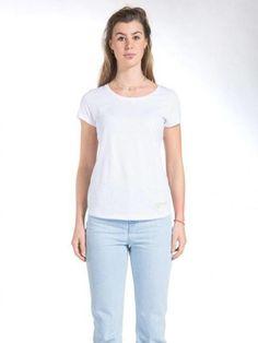 MUD-Tshirts-roundneck -tshirt-bright-white-front