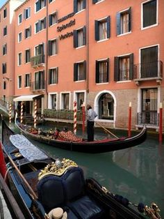 Starhotels Splendid Venice, luxury 5 star hotel in Venice, Italy, near St Mark's square. Book your stay in the most romantic city in Italy. Best Hotels In Venice, Venice Italy Hotels, Cities In Italy, Venice Hotel, Italy Vacation, Italy Travel, Italy Trip, Hotel Finder, Germany And Italy