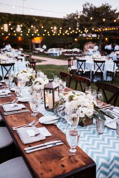 Outdoor garden wedding location. Al Fresco Dinner Reception Venue - Chevron Table Runners