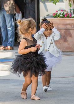 North West and Penelope Disick look too cute for words in their ballet outfits. Dance Outfits, Kids Outfits, Girly Outfits, Toddler Fashion, Kids Fashion, Little Girl Dresses, Flower Girl Dresses, Cute Toddler Girl Clothes, Baby Girl Birthday Dress