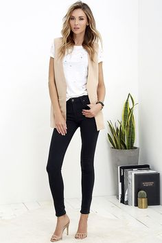 All Very Well Washed Black Skinny Jeans at Lulus.com!