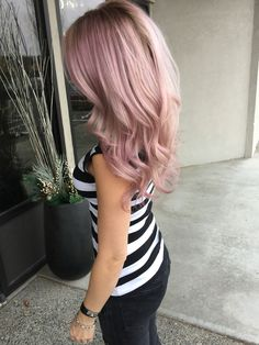 """Loving my new hair done by We mixed instamatics pink dream and smokey amethyst! New Hair Do, Dye My Hair, Pastel Pink Hair, Pastel Blonde, Corte Y Color, Haircut And Color, Mermaid Hair, Gold Hair, Crazy Hair"