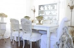 Dining Room Centerpieces Traditional Design, Pictures, Remodel, Decor and Ideas - page 54
