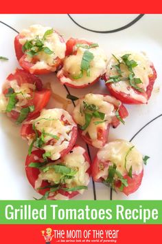 The perfect recipe for grilled tomatoes! Use the fresh crop from your garden and fire up the grill for this perfect family-pleasing side dish! The last touch at the end makes all the difference--love it! Summer Recipes, New Recipes, Healthy Recipes, Drink Recipes, Grilling Recipes, Cooking Recipes, Grilled Tomatoes, Summer Side Dishes, On The Go Snacks