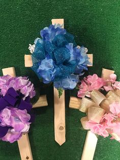 Items similar to Cemetery cross - wooden cemetery cross - cemetery flowers - grave flowers - memorial cross - cemetery silk flowers - cemetery saddle - silk on Etsy Grave Flowers, Cemetery Flowers, Silk Flowers, Cemetary Decorations, Memorial Day Decorations, Crosses Decor, Wood Crosses, Wreath Crafts, Flower Crafts