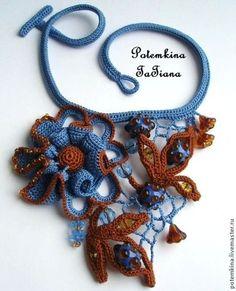 """Колье """"Леденцы, сваренные Феей Грозы"""" - синий,коричневый цвет,синие цветы"""