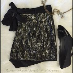 BCBG MaxAzria Sequin & Silk Shorts 8 Gorgeous sequin shorts with removable silk sash. Fully lined with pockets. Never worn. Fits size 8. BCBGMaxAzria Shorts Skorts