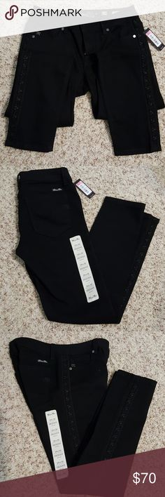 Brand New Miss Me Skinny Jeans Great pair of Skinny Miss Me Jeans Miss Me Jeans Skinny
