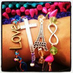 Awsum na :) ik its awsum :) lovely accesories :)