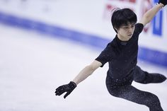 スケートカナダの公式練習に臨んだ羽生結弦
