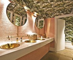restaurant bathroom Another design haven is Restaurant Ours, where its bathroom steals the show. Palm trees that cover wall-to-ceiling and complementary baby pink tiles make a trip to the loo feel like youve been transported to Beverly Hills. Restaurant Bad, Restaurant Bathroom, Restaurant Design, Restaurant Interiors, Toilet Restaurant, Budget Bathroom, Bathroom Interior, Small Bathroom, White Bathrooms