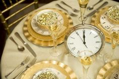 clocks at the dinner table ~  New Year's Eve Fun