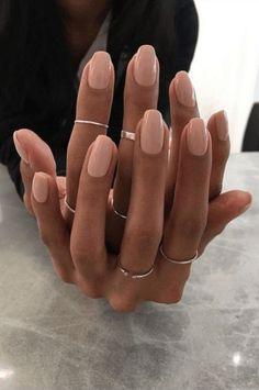 Natural Acrylic Nails, Best Acrylic Nails, Acrylic Nails For Spring, Natural Color Nails, One Color Nails, Short Natural Nails, Natural Manicure, Stylish Nails, Trendy Nails