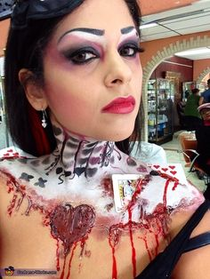 Lizmar: I love Halloween and this inspiration is from the queen of hearts but i am the broken hearts . I hope everybody enjoy my Job. Queen Of Hearts Halloween Costume, Homemade Halloween Costumes, Halloween Costume Contest, Family Halloween Costumes, Couple Halloween, Diy Halloween Costumes, Costume Ideas, Halloween Makeup, Halloween Ideas