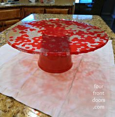 Cute Cake Stand Made with Melted Beads (Pony Beads - Transparent) in the Color You Want. Base is a Flower Pot Painted to Same Color as Top. Melted Bead Crafts, Pony Bead Crafts, Kentucky Derby, Crafts To Do, Crafts For Kids, Summer Crafts, Decor Crafts, Melted Pony Beads, Cake Pop Stands
