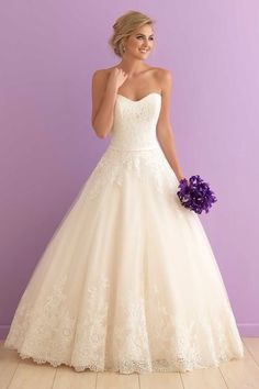 Wedding Dress Photos - Find the perfect wedding dress pictures and wedding gown photos at WeddingWire. Browse through thousands of photos of wedding dresses. Dream Wedding Dresses, Bridal Dresses, Wedding Gowns, Bridesmaid Dresses, Lace Wedding, Wedding Dressses, Purple Wedding, Satin Dresses, Wedding Venues