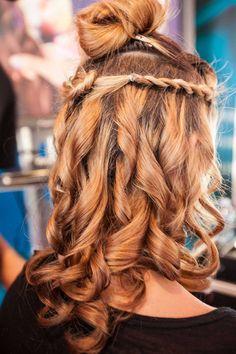 Capelli mossi e #boccoli in pochi secondi! Avete mai provato Twist Secret e Curl Secret? i segreti di bellezza di BaByliss? Dreadlocks, Glamour, Hair Styles, Beauty, Hair Plait Styles, Hair Makeup, Hairdos, Haircut Styles, Dreads