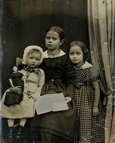 Bildnis von drei unbekannten Kindern, Daguerreotypie von Bertha Wehnert-Beckmann, Leipzig um 1850.