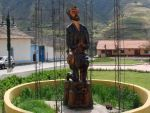 Estatua de San Benito en la Plaza Bolívar de Mucuchíes. Mérida.