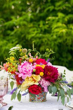 Colorful Farm Wedding Inspiration - www.theperfectpalette.com - Costamagna Design, Ayres Photography