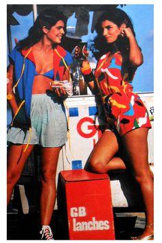 90s Aesthetic, Aesthetic Vintage, Fashion 90s, Learn Brazilian Portuguese, Malibu Beaches, Vintage Swim, 90s Outfit, Drama, Hollywood Life