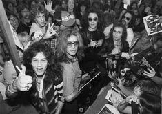 Atomic Punks: Van Halen hanging out with their teenage fans at a Dallas, Texas record store in 1978 Eddie Van Halen, Alex Van Halen, David Lee Roth, Wolfgang Van Halen, Atomic Punk, Musical Hair, You Really Got Me, Sammy Hagar, Dangerous Minds