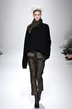 http://www.vogue.com/fashion-shows/fall-2013-ready-to-wear/haider-ackermann/slideshow/collection