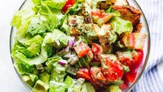 Taco Chicken Salad with Creamy Cilantro Lime Dressing Chicken Salad Recipes, Chicken Tacos, Healthy Salad Recipes, Salmon Recipes, Keto Recipes, Lunch Recipes, Delicious Recipes, Cooking Recipes, Steak And Broccoli