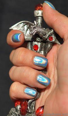 """Teenytinydragon nails: """"uusi"""" objektiivi ja ihana ihana ihana holo"""