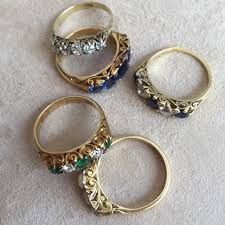 Elizabeth Diamond Company is fine jewelry store in Dayton and Troy Ohio. We specialize in designer engagement rings, wedding bands, custom design jewelry, in-house jewelry repair and customer service beyond expectations.
