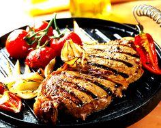 La cuisson à la plancha est appréciée pour sa convivialité. Outre la viande, cet appareil de cuisson est adapté pour cuisiner des légumes. À vos fourneaux !
