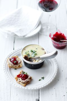 Chicken liver pâté with cranberry sauce