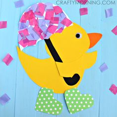 Make this cute rainy day duck craft holding an umbrella and wearing polka dot rain boots! Fun spring art project for kids.