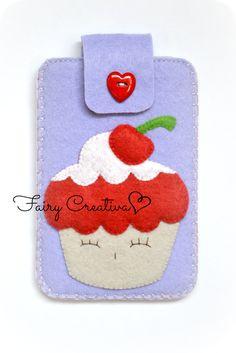Fairy Creativa: Portacellulari - Phonecases Felt Crafts, Diy Crafts, Felt Pouch, Felt Art, Woven Fabric, Textile Art, Coin Purse, Plush, Textiles