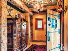 A Sierra Nevada cabin reflects its owners' heritage and passion for European architecture and artistry.
