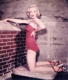 Marilyn Monroe in red...