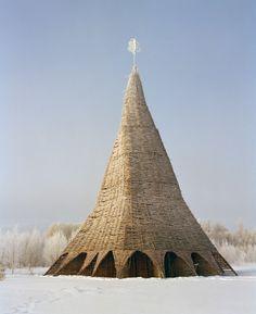 Media tower (2002). Cortesia de Nikolay Polissky