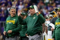 What a Difference a Week Makes for Mike McCarthy -- Against Dallas, Green Bay Packers coach Mike McCarthy crafted a fantastic game plan. Against the Minnesota Vikings, he simply gave up.