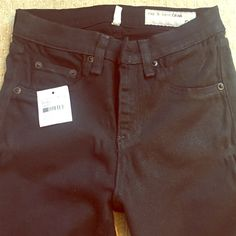 """Rag & Bone Black, High Rise Skinny Jeans - size 26 Really cute skinny jeans that have a cool shimmer to them. Bought these from another posher, got too excited and took off the tags but they were too small. Still have tags, never been worn. 31"""" inseam rag & bone Jeans Skinny"""