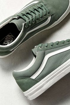 Slide View: Vans Old Skool Snake Sneaker Sock Shoes, Cute Shoes, Me Too Shoes, Shoe Boots, Best Shoes For Men, Men S Shoes, Shoes Sneakers, Green Sneakers, Vans Old Skool