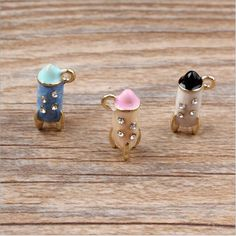 Find More Charms Information about Free shipping 20pcs Min Rhinestone decoration Alloy drop oi gold tone Cartoon 3D Crystal Rockets Shape Jewelry Pendants Charms,High Quality jewelry macrame,China charm braclet Suppliers, Cheap charm droppers from multicolor kingdom on Aliexpress.com