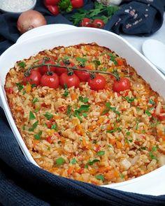 Magst du Risotto aber keinen Parmesan? Oder magst du Risotto und hast keine Lust 30 Minuten lang neben dem Herd zu stehen und zu rühren? Dann wird dir Ofen Risotto ist eine super leckere Beilage zu Fleisch und/oder Fisch.
