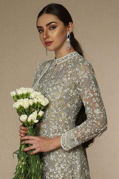 Designer Bridal Lehenga, Indian Bridal Lehenga, Wedding Outfits For Groom, Bridal Outfits, Party Wear Lehenga, Party Wear Dresses, Jacket Lehenga, Orange Lehenga, Lehenga Online