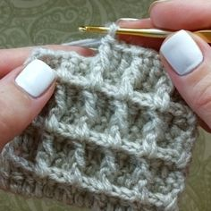 How to knit waffle stitch video tutorial - historychane. - How to knit waffle stitch video tutorial – historychanel - Ribbed Crochet, Double Crochet, Free Crochet, Knitting Stitches, Knitting Patterns, Crochet Patterns, Knitting Needles, Crochet World, Crochet Waffle Stitch